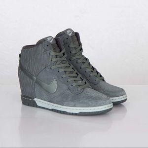Nike SB Dunk Sky High Shoes Print Dark Mica Green